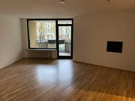 1.580 €, 95 m², 3 Room(s)