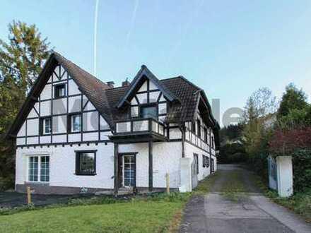 Wohnen in der Eifel: Freistehendes Einfamilienhaus auf großem Grundstück mit Gestaltungspotenzial