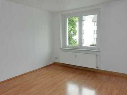 Zwei Zimmerwohnung mit Einbauküche