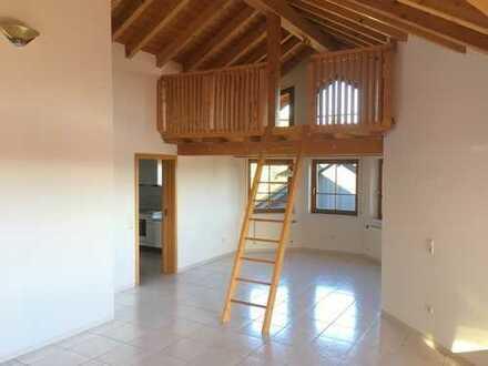 Traumhafte 3-Zimmer DG-Wohnung mit Galerie und Loggia in Burbach