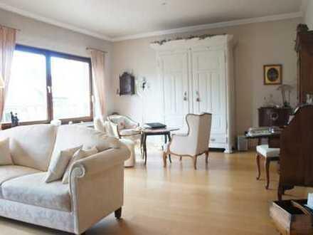 Großzügige, helle Etagenwohnung in gesuchter Lage von Essen-Bergerhausen
