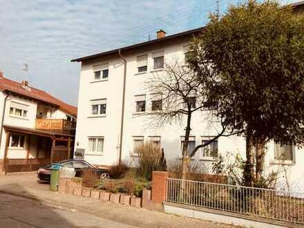 Gepflegtes 3 Familienhaus mit großem Gartengrundstück !!!
