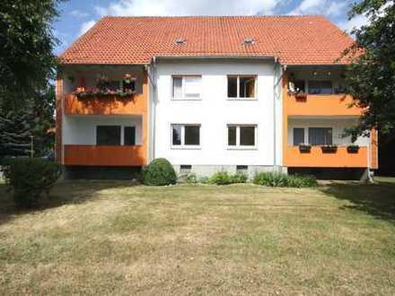 4-Zimmerwohnung mit Einbauküche und Balkon!
