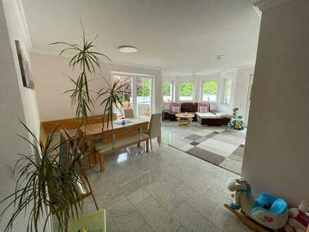 Wunderschöne 4 Zimmer Wohnung mit Balkon in Sinsheim / Reihen