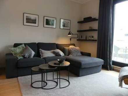Exklusive 2-Zimmer-Maisonette-Wohnung mit Balkon und Einbauküche in Eppendorf, Hamburg