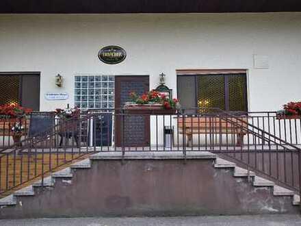 Gut florierende Gaststätte mit Fremdenzimmern und Wohnhaus mit viel Potential zu verkaufen