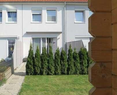 Voigt Immobilien: Fast neuwertiges modernes 5-Zimmer Reihenhaus in Bremen Arsten