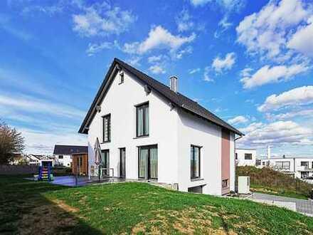 F&D | Hochwertiges Einfamilienhaus mit Garage