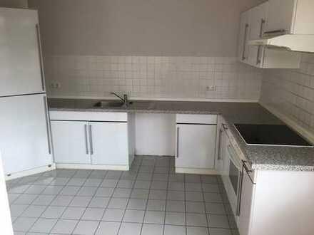 Helle, schön geschnittene 2-Zimmerwohnung mit Einbauküche ab sofort bezugsfrei!MIT WBS!