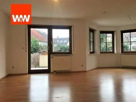 Große Maisonette-Wohnung mit Terrasse und Garten: aufteilbar!