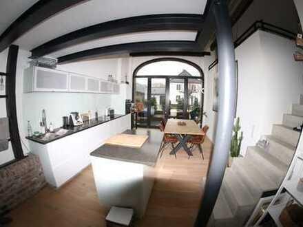 Außergewöhnliche, luxuriöse Galeriewohnung mit Terrasse in der Nähe von Düsseldorf