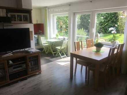 Sehr schöne 3,5 Zimmer Wohnung mit großem Garten und Terrasse in Rutesheim