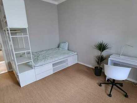 Einzelzimmer in einer renovierten Wohnung