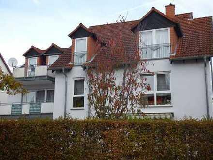 Großzügige 3-Zimmer-Wohnung mit Garage und Balkon