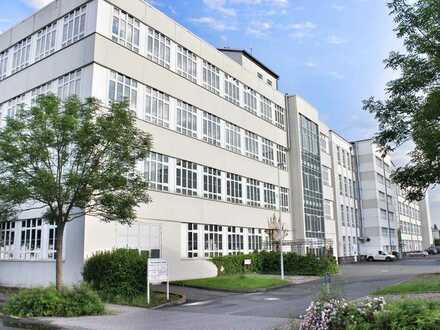 Moderne Gewerberäume über den Dächern für Büro, Callcenter, Verwaltung, Produktion, Lager, Startup