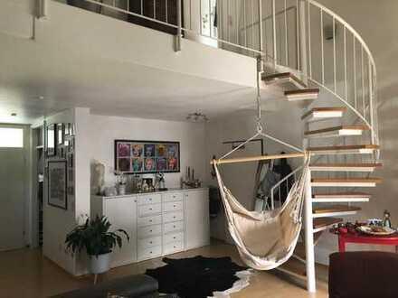 Moderne und helle Maisonette Wohnung in KA-Knielingen