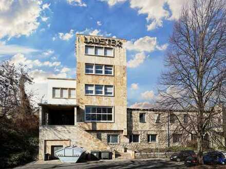 Denkmalgeschützes (AfA) Bürogebäude mit Baureserve
