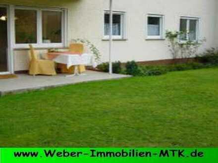TOP Lage in Marxheim, EG-Wohnung mit SONNEN-Terrasse, eigenem GARTEN, TGL-Wannenbad in kleiner WE