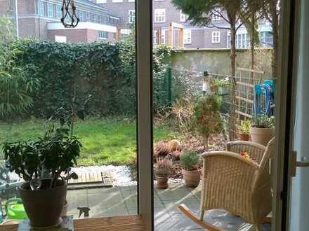 Schöne 1-Zimmer-Wohnung mit eigenem Garten - Besichtigung 24.06. um 18 Uhr (Anmeldung per Email)
