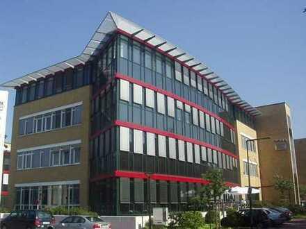 Büroflächen mit Terrasse, Klimatisierung und ausreichend Stellplätzen!