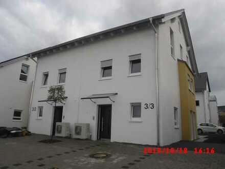 4 Doppelhaushälften und 8 Garagen separat zu vermieten, Mössingen