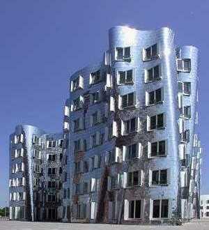 Drei repräsentative, moderne Büroräume im silbernen Gehry-Gebäude (Medienhafen) provisionsfrei!