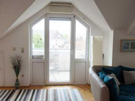 Schicke Maisonette Wohnung mit Balkon und Einbauküche