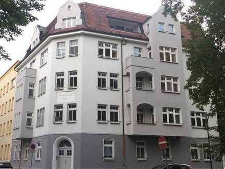 30 min bis Berlin   Eigentumswohnung im schönen Altbau mit Grünblick