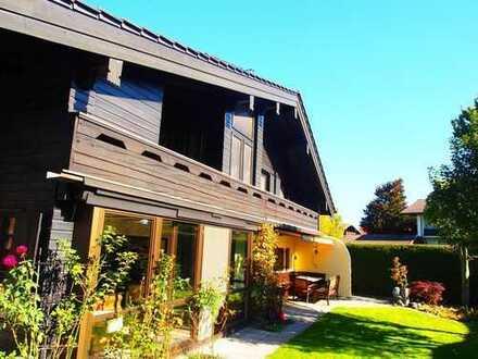 Attraktives Wohnhaus mit Außenpool in Seebruck - nur 5 Minuten zu Fuß zum Chiemsee