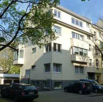 Helles Apartment in Köln, Lindenthal, unmittelbare Uni- und Kliniklage