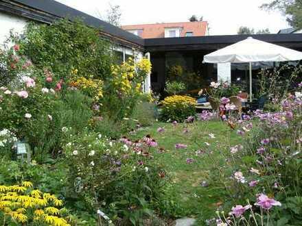 archtektonisches Kleinod, Bungalow für Gartenliebhaber