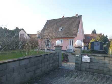 Provisionsfreies schönes, gepflegtes freistehendes Haus mit 3 Zimmern Mühldorf am Inn