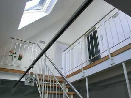 Außergewöhnliche Maisonette Wohnung 3,5 Zi