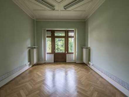 Zentrale Altbau Büro-/Praxisfläche nähe Bismarckplatz