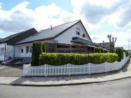modernisierte Doppelhaushälfte in der Gartenstadt Paderborn-Sennelager