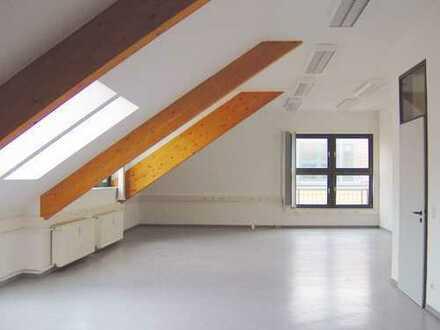 Einzigartiges Büroloft im Dachgeschoss im econopark Lichtenberg