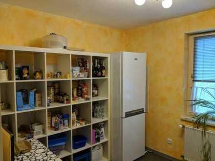 Einfamilienhaus mit Einliegerwohnung in Weil