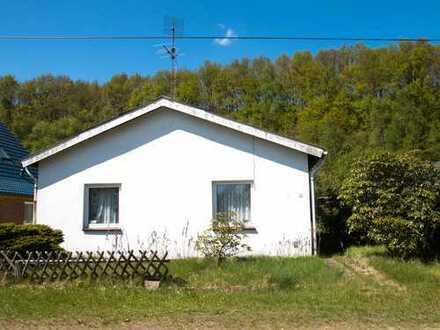 25712 Brickeln - stark sanierungsbedürftiges Wohnhaus