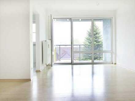 KAPITALANLAGE, Sonnige 54 qm große 2-Zi Wohnung mit Balkon in ruhiger Lage in Trostberg