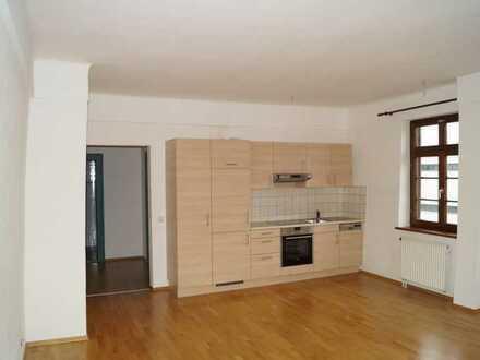 2 Zimmer Wohnung in der Stadtmnitte