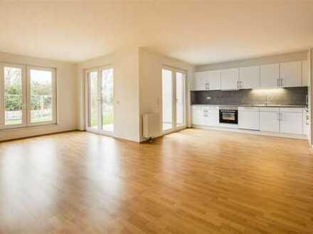 ZUHAUSE IM GRÜNEN: Reihenhaus mit zwei Abstellräumen, Gäste-WC & zwei Terrassen