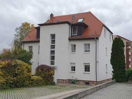 Ruhige 2-Raum-Wohnung inkl. Stellplatz zentrumsnah in Borna zu verkaufen.