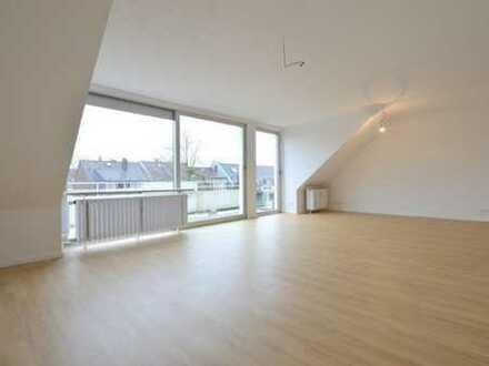 Ruhige offene Wohnung mit Blick auf den Rheinturm