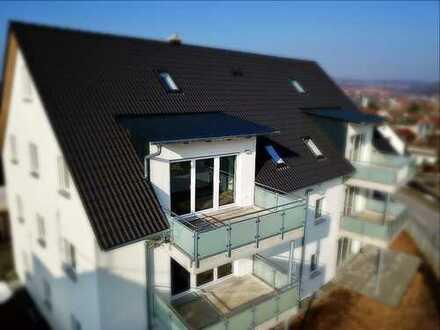 Erstbezug: Luxuriöse 4-Zimmer-Maisonette-Wohnung mit Balkon in Amberg