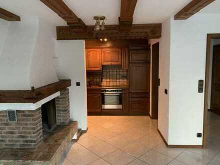 Exklusive, gepflegte 2-Zimmer-Wohnung mit Balkon und EBK in Büsingen am Hochrhein