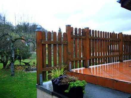 Fairmieten – Schickes Einfamilienhaus mit toller Terrasse und Gartenanteil in Dilsberg