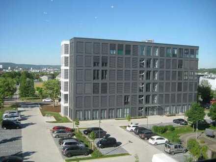 Moderne Arbeitswelt im Büro-Neubauobjekt in KL-PRE-Park
