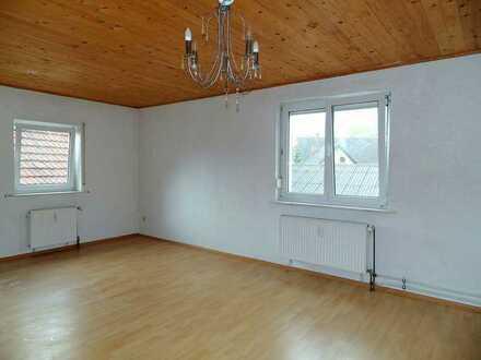**SOFORT Wohnen und Vermieten in Dürbheim ** Doppelhaushälfte mit vier Wohneinheiten