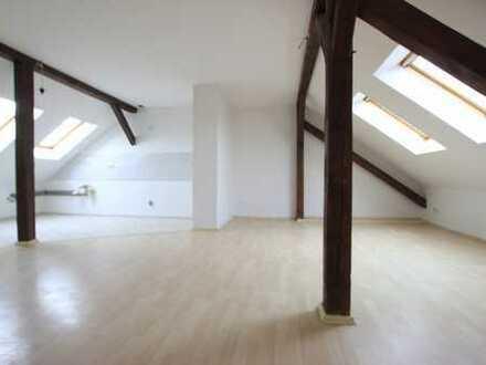 gepflegte 3-Raumwohnung im Dachgeschoß
