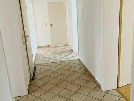 Perfekte Wohnung für Studenten WG im beliebten Wiesenviertel!